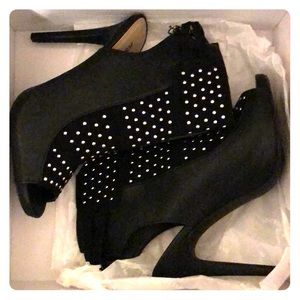 JustFab Studded booties sz10 NWOT